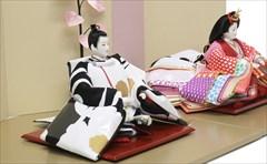 京十番 SOU・SOUテキスタイル「ひなたぼっこ」、「間がさね 宮美」と「菊づくし りょうふう」